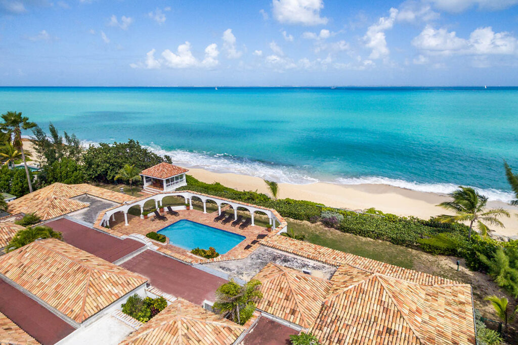 Beachfront Luxury Villa Rental