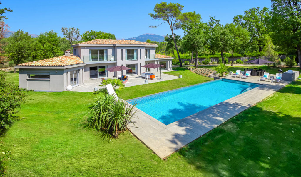Luxury Villa For Rent Cannes