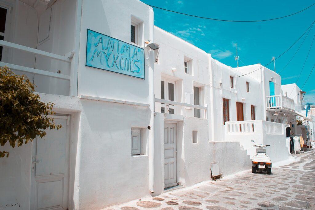 Travel Mykonos