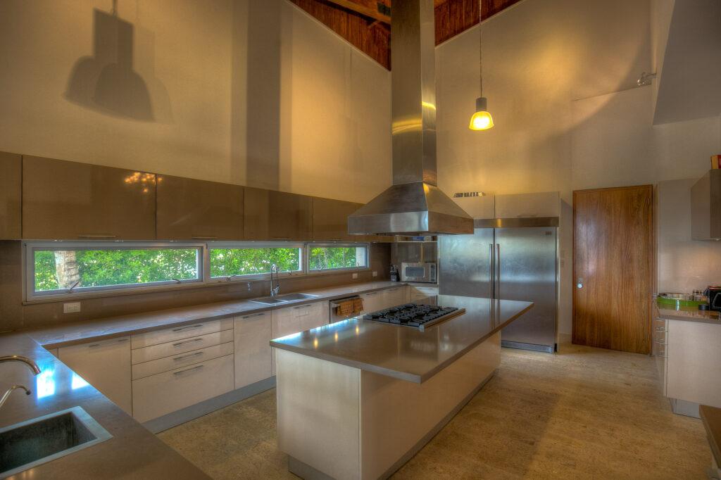 Villa Oceania | Haute Retreats