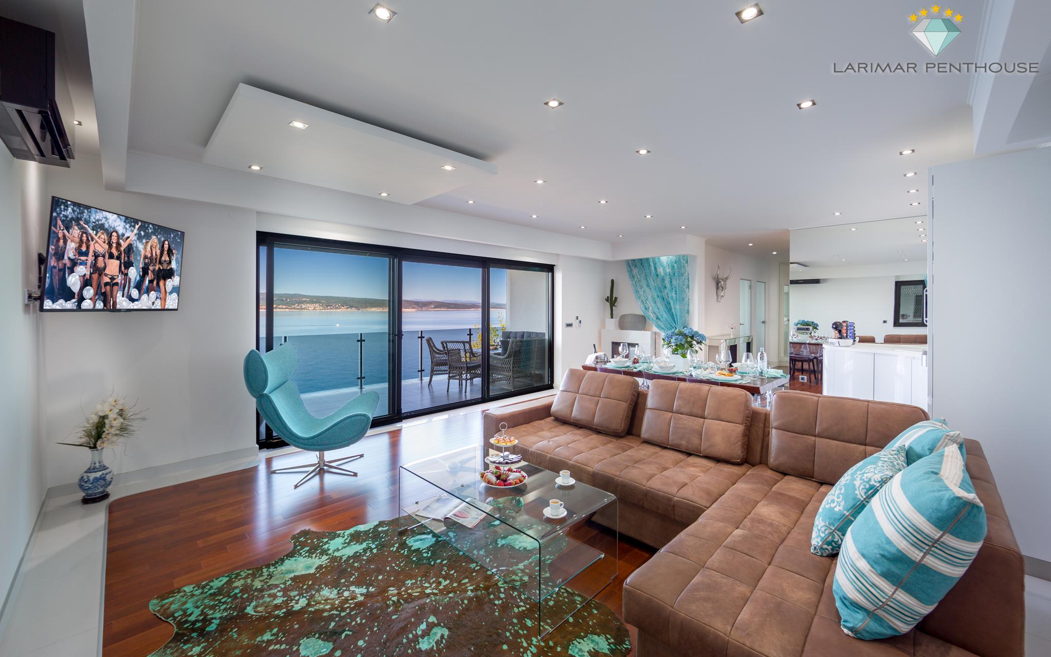 Larimar Penthouse 5