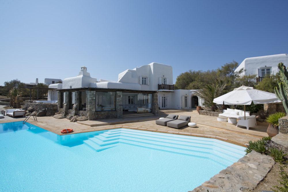 3 Mykonos Villas For Your Last Minute Summer Holiday