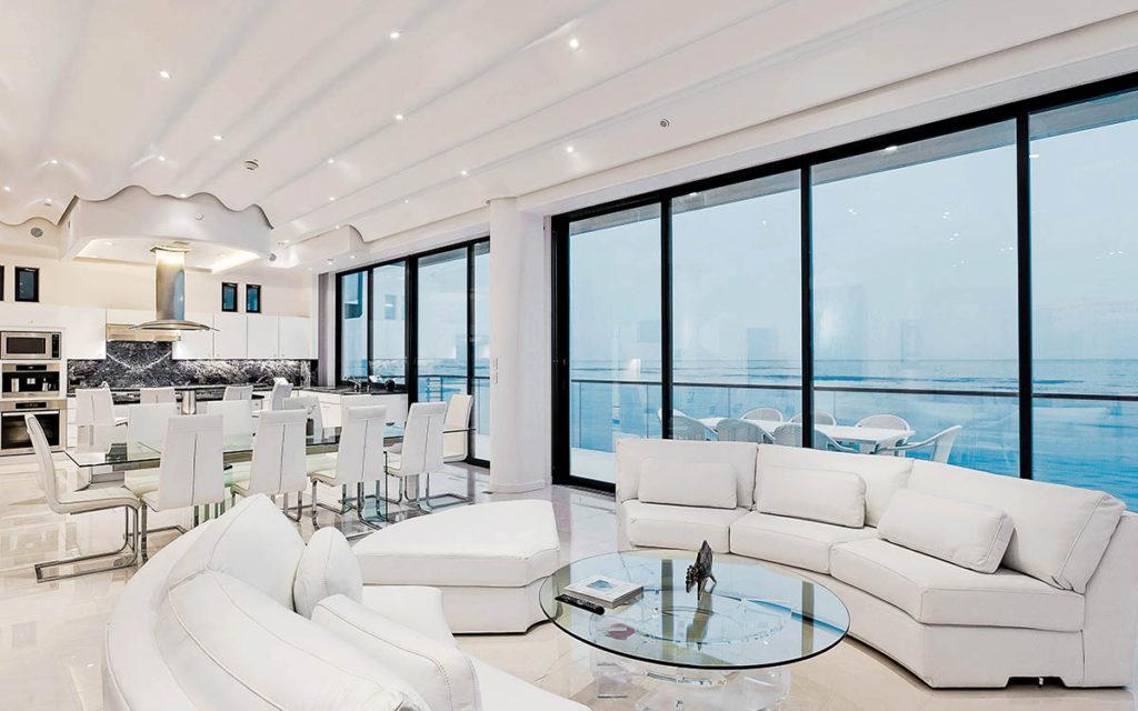 Villa Sea Glass Living Area | Malibu | Haute Retreats