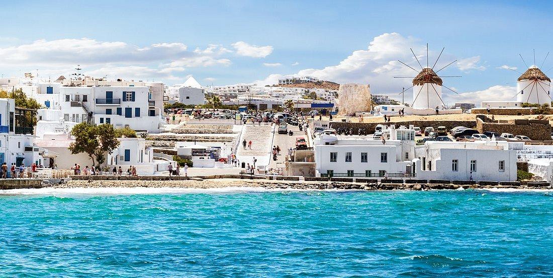 Best time to visit Mykonos